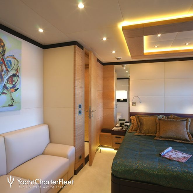 Green Stateroom - Seating