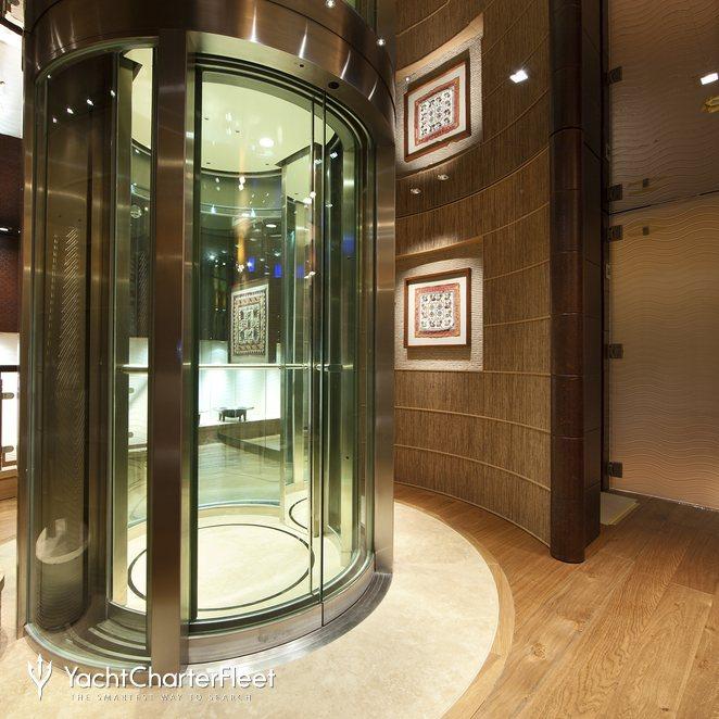 Elevator - Upper
