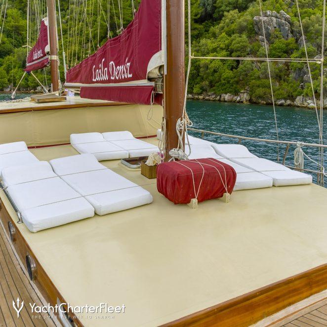 Laila Deniz photo 4