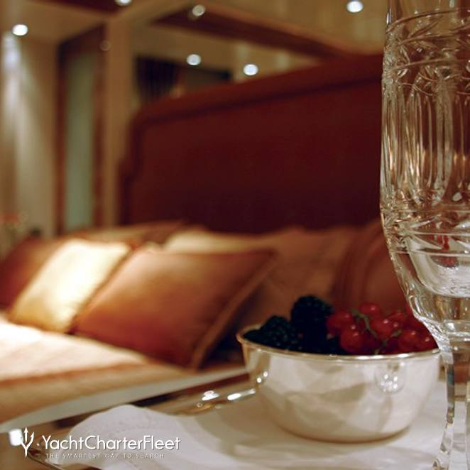 Guest Stateroom - Glassses
