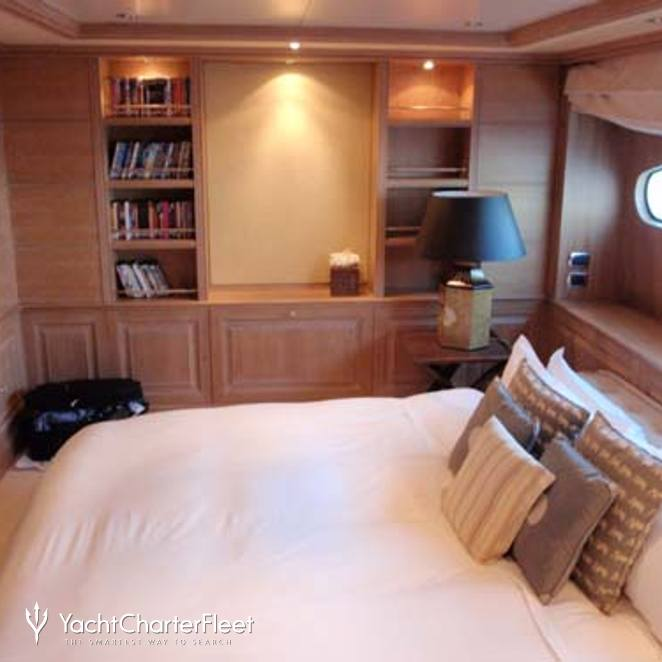 TV / Games Room as Double Cabin with King