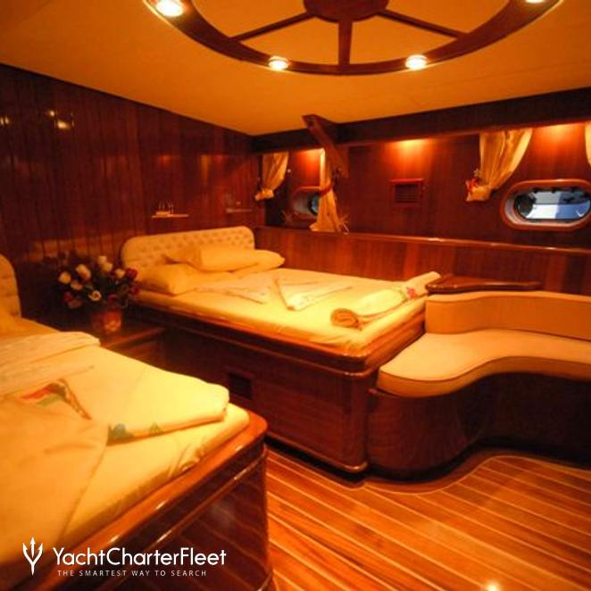 Twin Stateroom & Seating