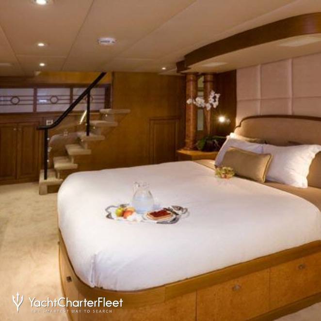 Master Stateroom - Stairs