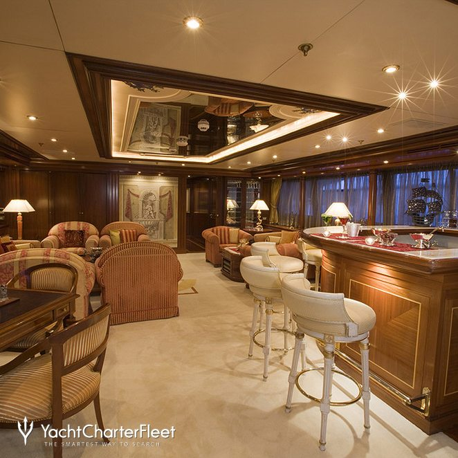 Upper Deck Bar & Salon