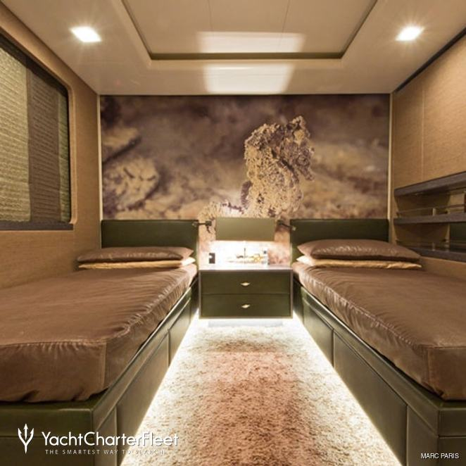 Neutral Twin Stateroom