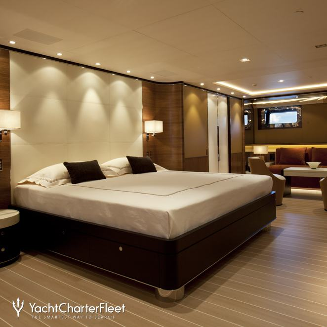 Master Stateroom & Seating