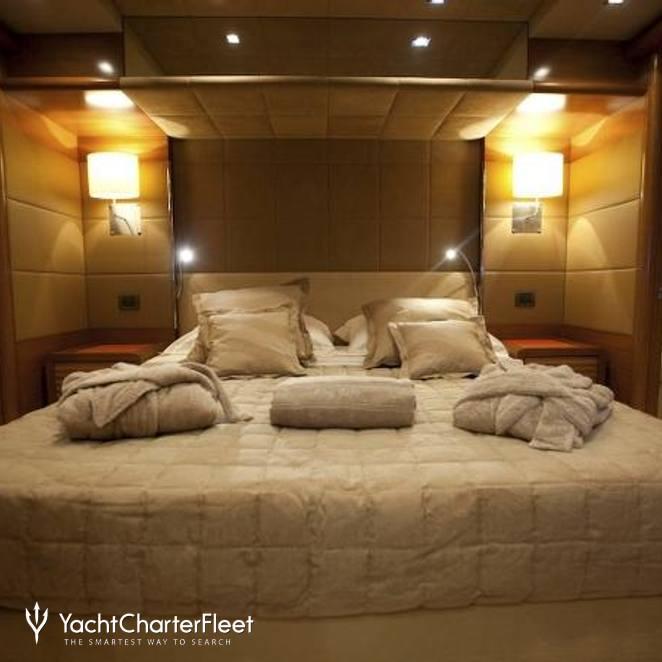 rose of kingston yacht photos benetti yacht charter fleet