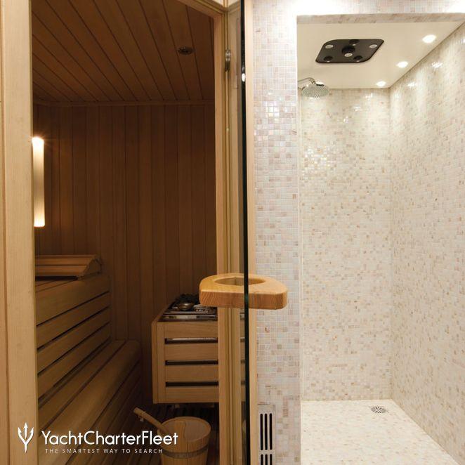 Spa cabin: sauna/steam room