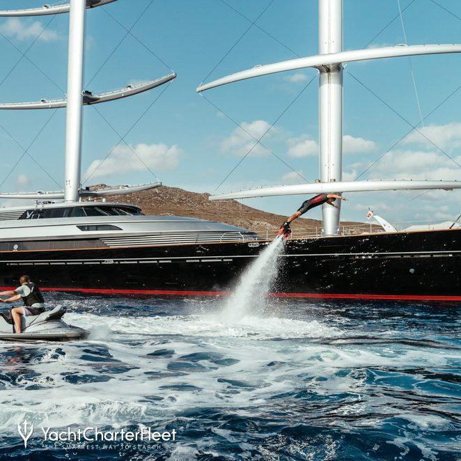 Maltese Falcon photo 42