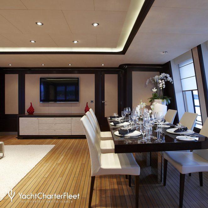 Dining Salon & Seating