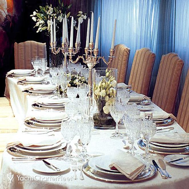 Dining Salon - Table Set