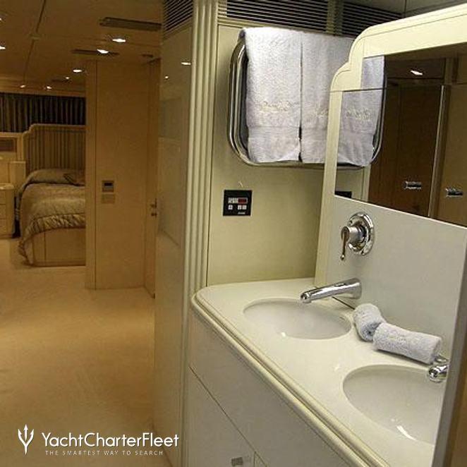 Bathroom & Stateroom
