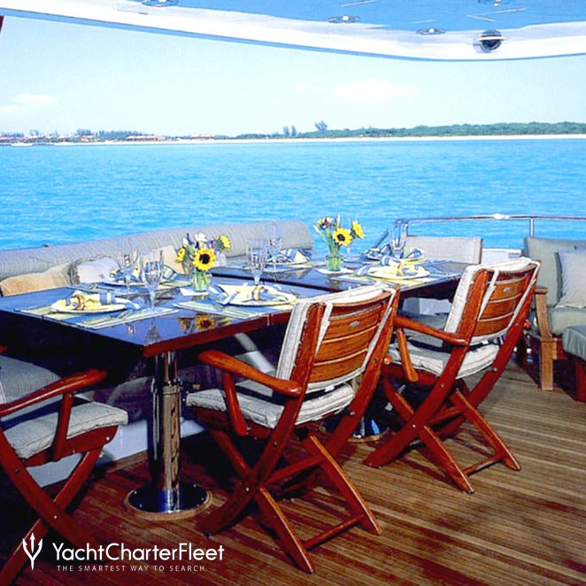 Aft Deck Alfresco Dining