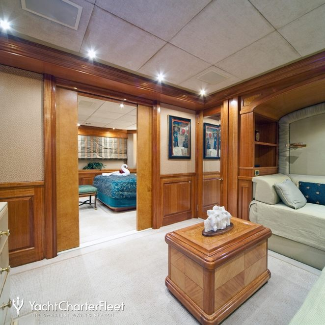 Blue Guest Stateroom - Seating
