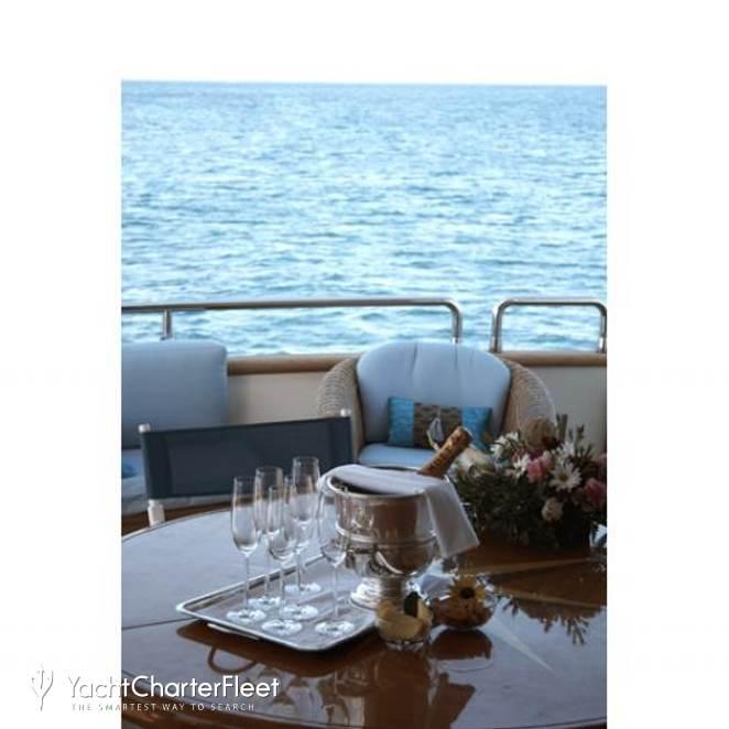 Champagne O'Clock photo 17