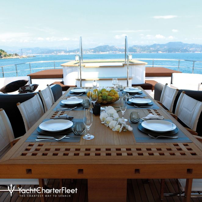 Dining Upper Deck