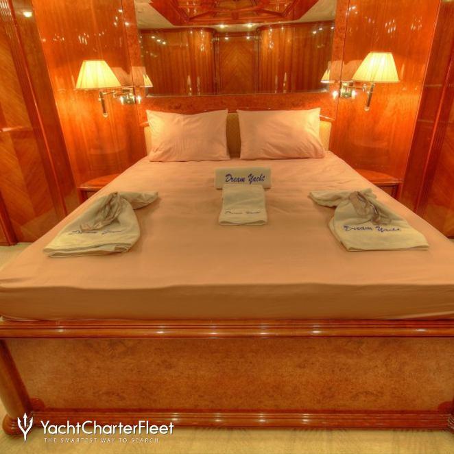 Dream Yacht photo 29