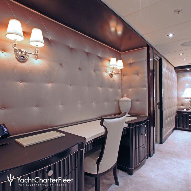 Master Stateroom - Vanity