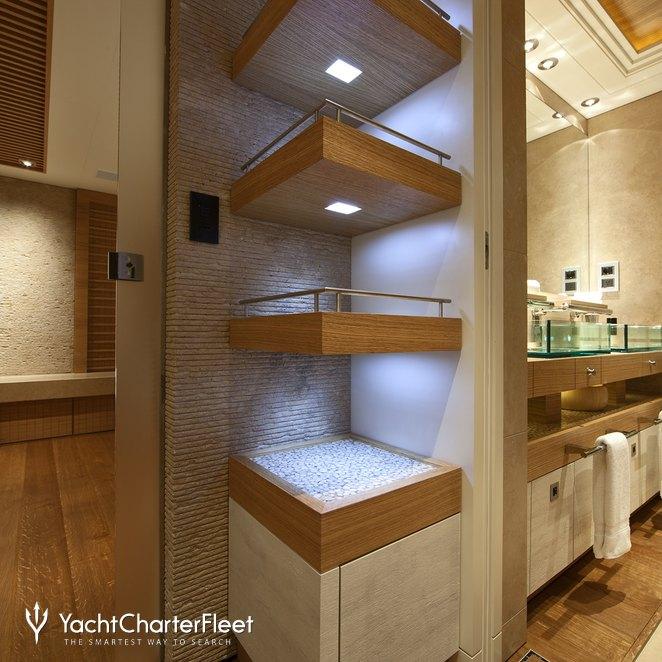 Guest Bathroom - Entrance
