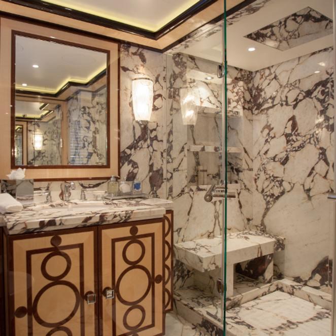 VIP cabin 2, bathroom