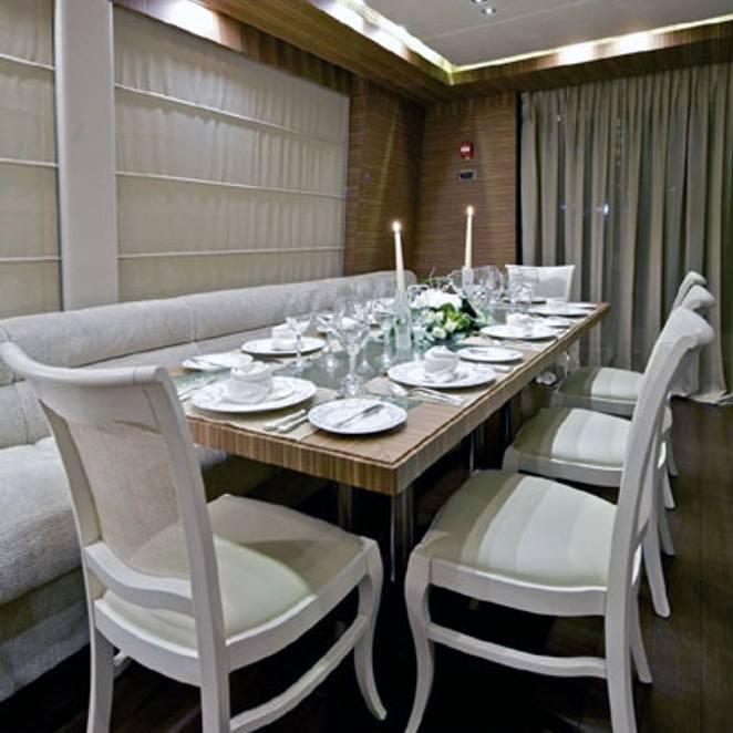 Dining Salon
