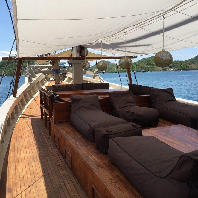Nyaman Boat photo 2