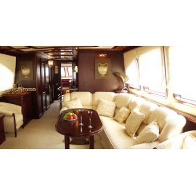 Genesis Yacht Photos Custom, Genesis Custom Furniture