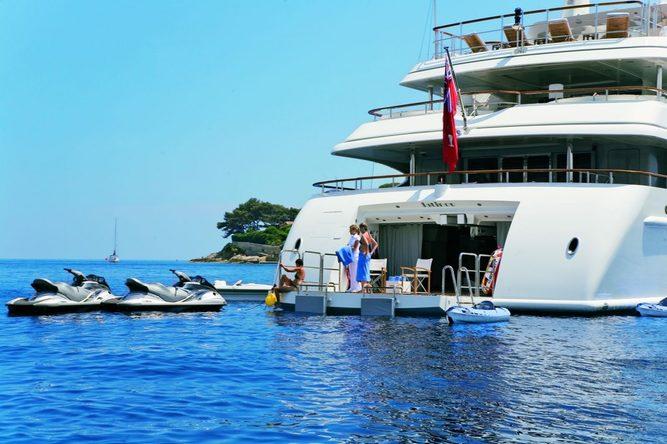 Latitude Yacht Beach Club