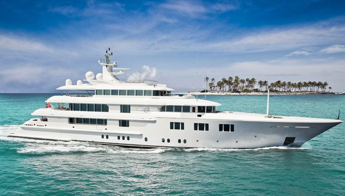 motor yacht Lady E cruising on an Indian Ocean yacht charter