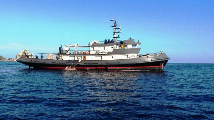Vervece Charter Yacht