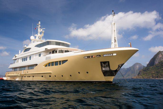 Jade 959 Charter Yacht