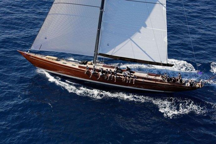 Tempus Fugit Charter Yacht - 2