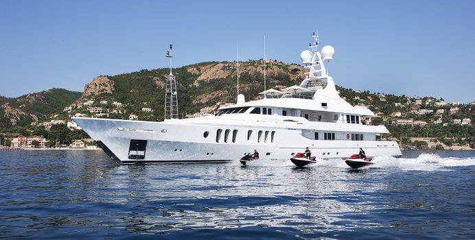 Talisman Maiton yacht charter Turquoise Yachts Motor Yacht