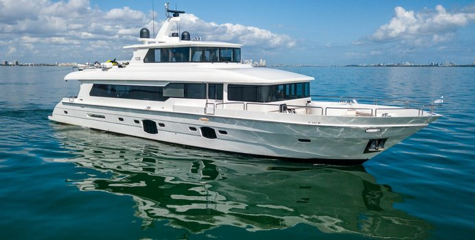 Sans Souci V Yacht Charter in Miami