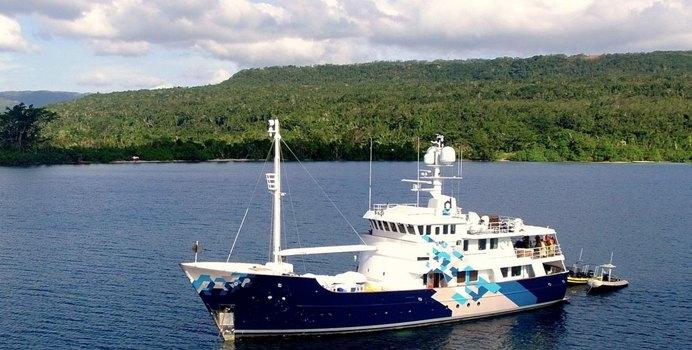 Dardanella Yacht Charter in New Caledonia