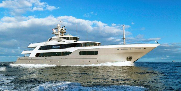 Starship Yacht Charter in Bahamas