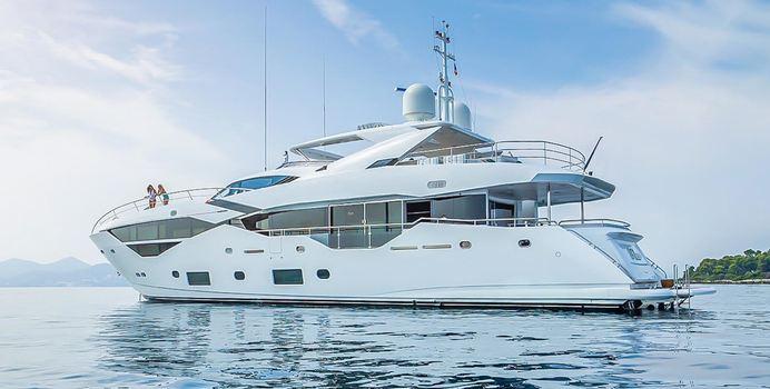 Legende yacht charter Sunseeker Motor Yacht