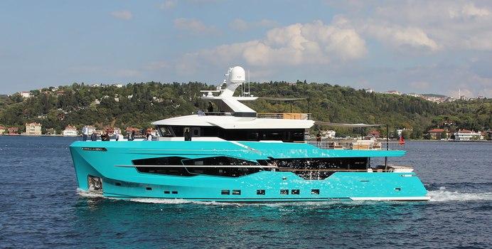 7 Diamonds Yacht Charter in Berry Islands