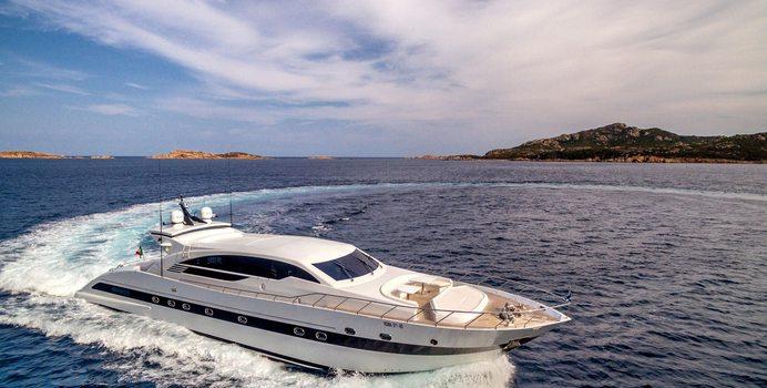 JaJaRo yacht charter Tecnomar Motor Yacht