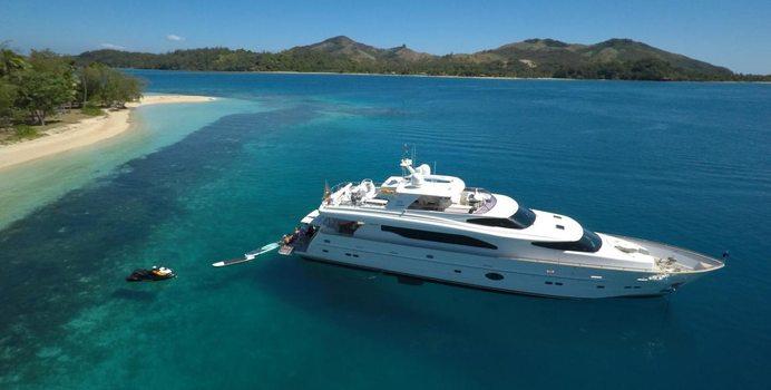Encore yacht charter Horizon Motor Yacht