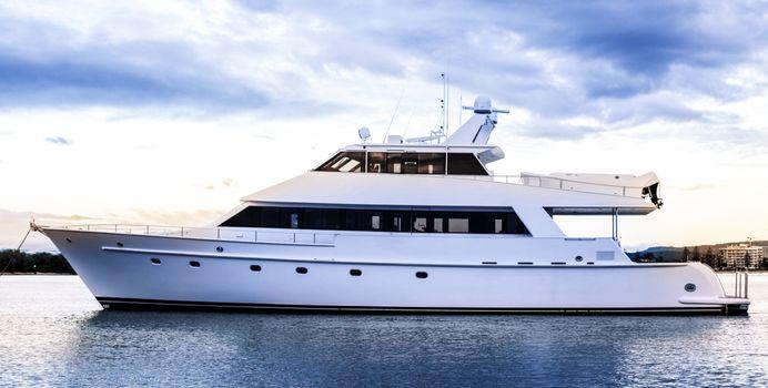 Laura J Yacht Charter in Whitsundays