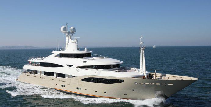 Light Holic yacht charter CRN Motor Yacht