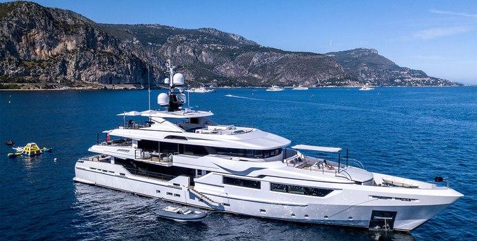 Petratara Yacht Charter in Koh Poda