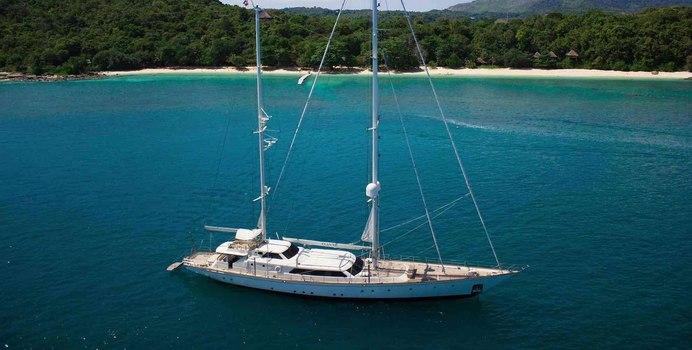La Numero Uno Yacht Charter in Thailand