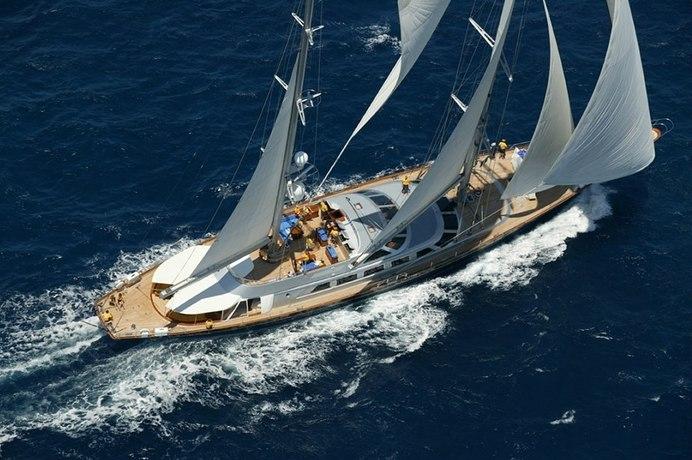Andromeda la Dea Charter Yacht