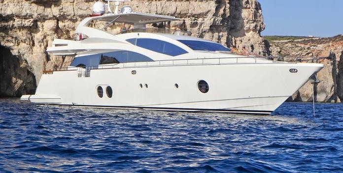 Sicilia IV yacht charter Aicon Motor Yacht