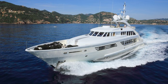 Rola yacht charter ISA Motor Yacht