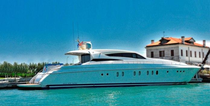 Camy yacht charter Dalla Pietà Motor Yacht