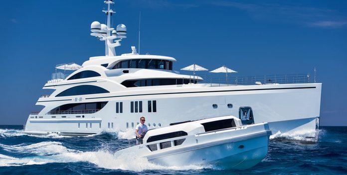 11/11 yacht charter Benetti Motor Yacht
