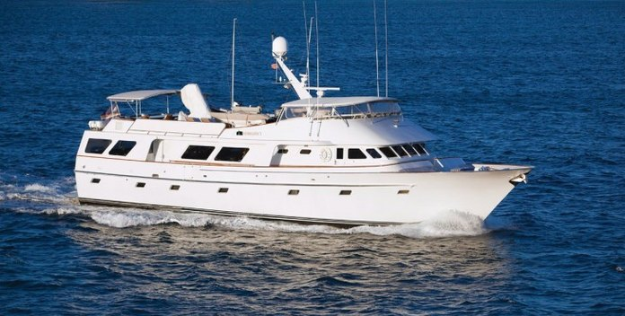 Georgiana yacht charter Poole Chaffee Motor Yacht
